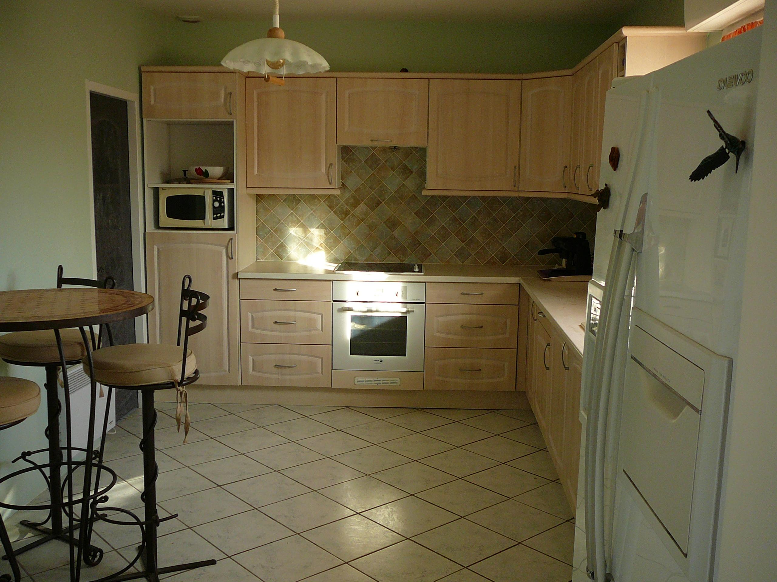 maison de caractere. Black Bedroom Furniture Sets. Home Design Ideas